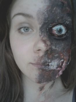 Two-face make up by alanalovesmusic