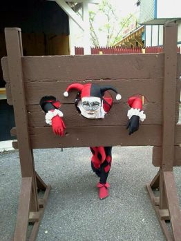 Harley in the Stocks by harleyquinnx