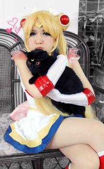Super Sailor Moon and Luna Cosplay by SailorMappy