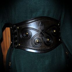 leather corset (vikings inspired) by Lagueuse