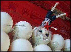 Help the Egg. by reverie-hotel