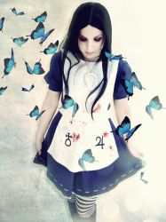 Alice Madness Returns Cosplay : Rebirth by Thecrystalshoe