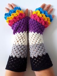 Proud dragon gloves commission by FearlessFibreArts