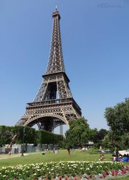 Open grass areas by Eiffel Tower by EUtouring