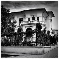 White house by leoatelier