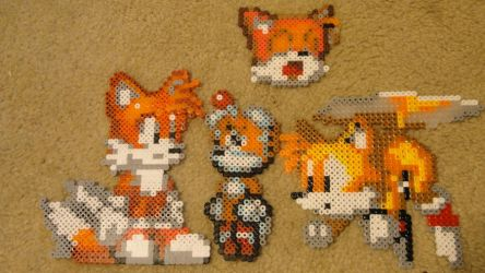 Tails x 4 by Hinatagirl9872