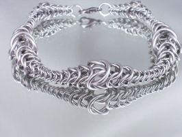 Graduated Chainmail Bracelet by Pharewings