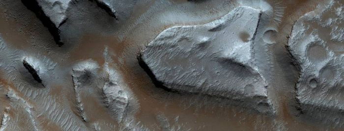 Channels Near Granicus Valles and Tinjar Valles by Mariagat