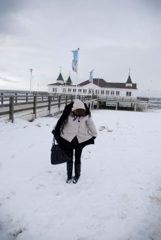 winterly seaside by charlieee