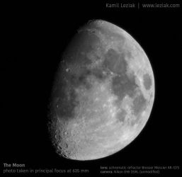 The Moon by vertiser
