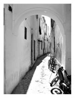 Tunisian Street by lordgonz