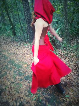 Little Red Dancing by obeytherandomness