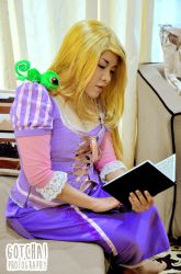 Tangled (Indoors) - Reading by riotfaerie