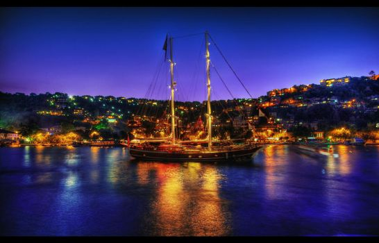 The Boat That Rocked HDR by ISIK5