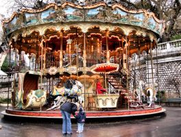 Carousel in Montmartre by vmribeiro