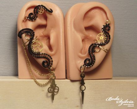 Time keper steeampunk ear cuff set by bodaszilvia