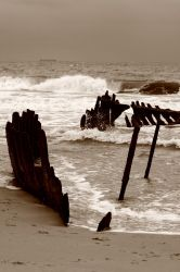 Ship Wrecked by mazzman