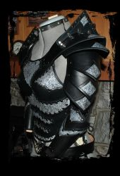 heavy leather armor for women by Lagueuse