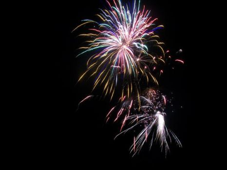 Fireworks 32 by DominosAreFalling