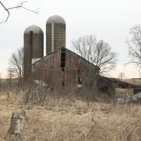 Barn and silos by SmilingY