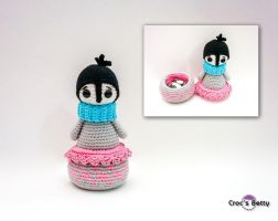Pingo the Tiny pot by Crocsbetty
