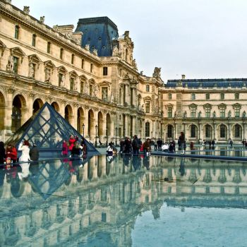 Reflect-Louvre, Paris by Alabastra