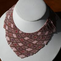 Helmineitsyt 1.3 seed bead necklace, pink by AxmxZ