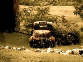 Old Car by kevinflemming88