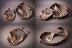 Leather accessories from Skyrim by GreatQueenLina