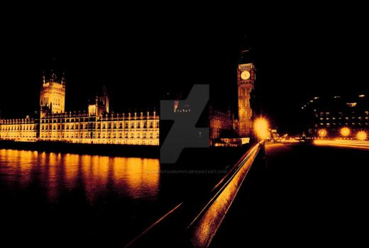 Parliament at night by HCKPhotography