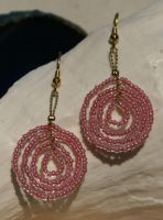 pink seed bead circles by the-twisted-vine