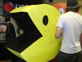 Pacman and those crazy ghosts by miisobun