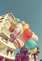 retro balloons by dryhair