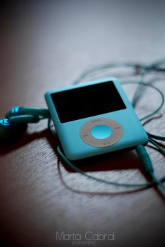 My blue Ipod by XXEcutioner