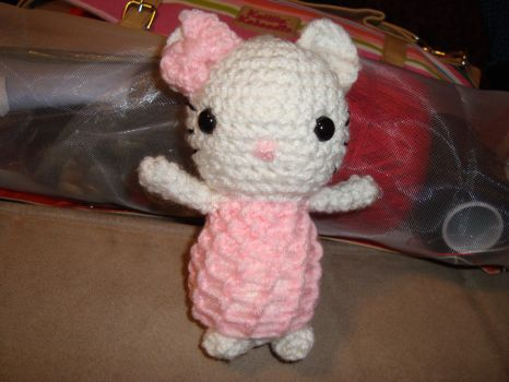 Hello Kitty by laurencrochets