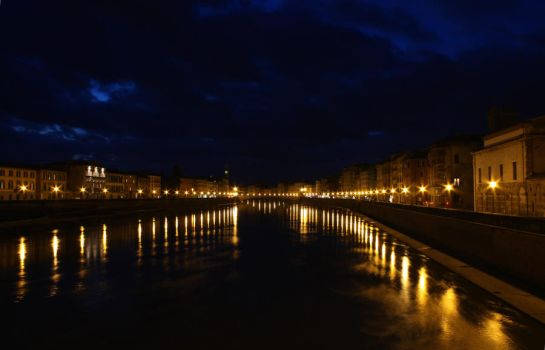Arno by Night by silyus