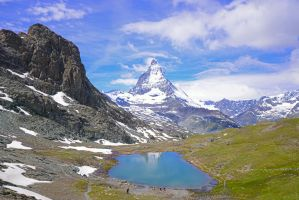 The Matterhorn and Riffelsee by ageratum00