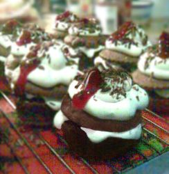 Black Forest gateau cupcakes by RedTigger