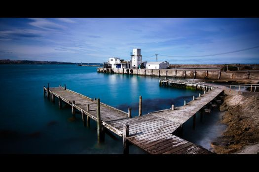 Oamaru Harbour by elgarboart