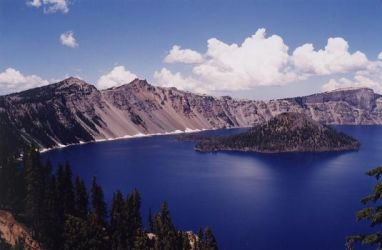 Crater Lake by Nimril