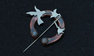 Hummingbird and Fuschia Brooch by PMCWorks