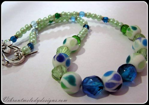Beautiful Blue and Green Glass Necklace by vibrantmelodydesigns