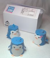 Papercraft Penguins by Xanokah