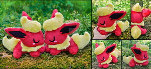Sleepy Flareon plushies I Pokemon