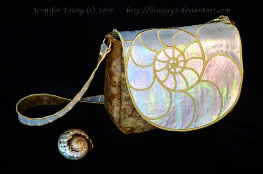 Nautilus Shell Purse (Prototype, Photo 2) by blueJAY2