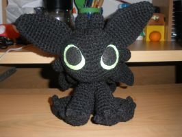 Crocheted Night Fury by aphid777
