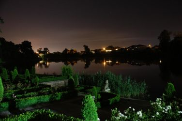 Mogosoaia_Lake_by_Night by mardum