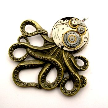Clockwork Octopus pendant...steampunk influenced by SteamSect