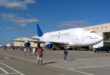 McConnell Airshow 2018: Dreamlifter by lonewolf3878