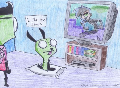 Gir likes Danny Phantom by phantom-ice